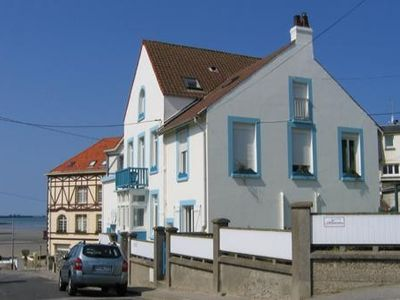 Accommodation near the beach, 65 square meters, with garden