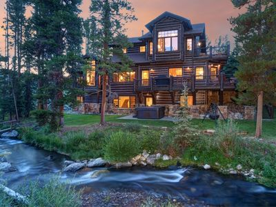 Amazing River House.  Log Home in Breckenridge.