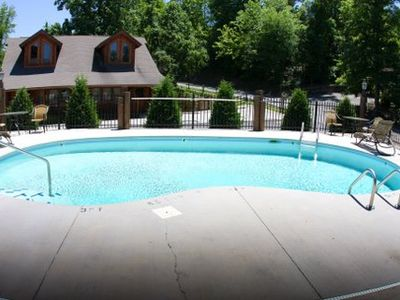 Pigeon Forge cabin rental - Seasonal outdoor pool