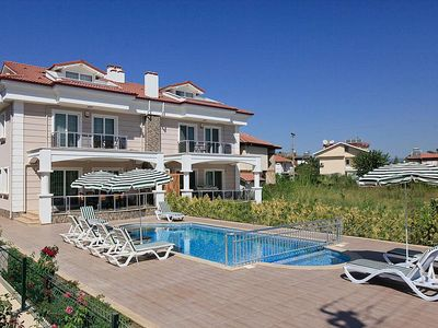 Beautiful villa with 5 bedrooms and private pool