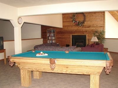Free access to beautiful clubhouse with pool table, foozball, sitting area