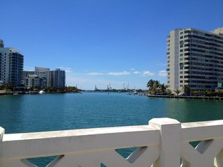 Venetian Causeway - Miami Beach apartment vacation rental photo