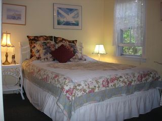 Oak Bluffs house photo - Downstairs bedroom with Queen bed, TV/Cable,large closet, bureau