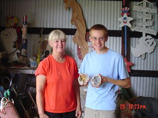 Keokuk cabin photo - My guest (Ian) & me (Julie) cracked some of his geodes.