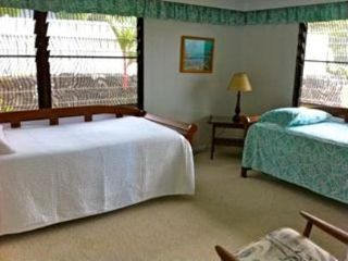 Kaneohe house photo - Another Bedroom with 2 twin beds