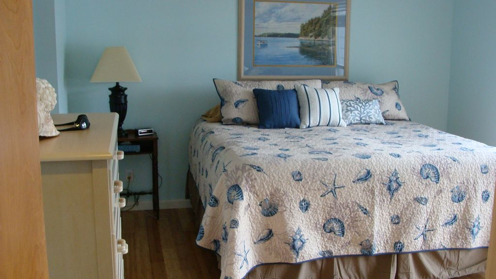 Beautiful 3 bedroom home in captain ron 39 s vrbo for Beautiful bedroom pictures only