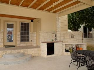 Horseshoe Bay house photo - Lower Patio / Outdoor Kitchen