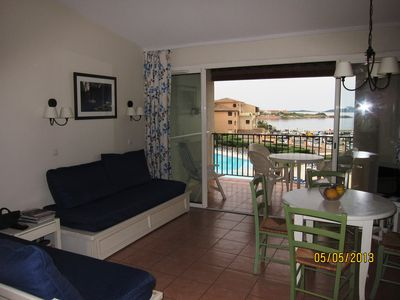 Beau F2 wooded park and swimming pool; panoramic sea view; near SANARY