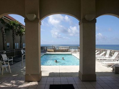 Gulf front shared pool