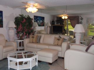 Bonita Springs condo photo - New Leather Furniture