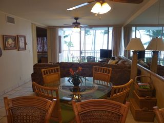 Maalaea condo photo - Dining Room