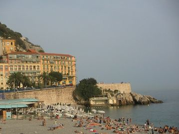 Nice Old Town (Vieux Nice) apartment rental - the beach is only 200 metres away