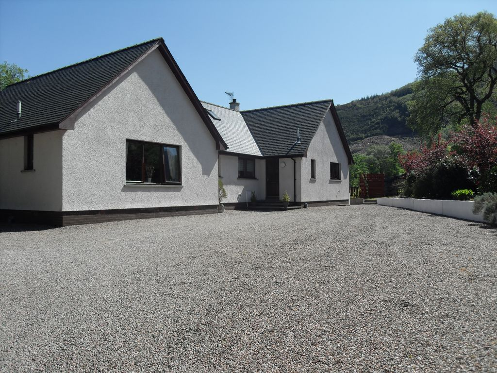 Vacation rental ballachulish glencoe vrbo for 9 bedroom vacation rentals