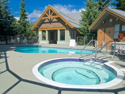 Whistler townhome rental - Outdoor heated pool and hot tub