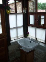 Poio cottage photo - Bathroom