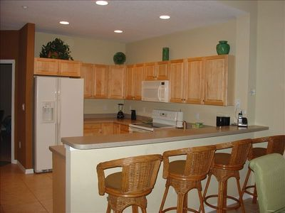 Clearwater Beach condo rental - Fully equipped Kitchen with Bar stools