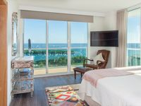 ONE-OF-A-KIND APT W/ BAY VIEWS, STUNNING INTERIOR, PRIVATE UNIT AT SONESTA HOTEL
