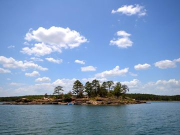 Greers Ferry Lake house rental - The Cliffs!