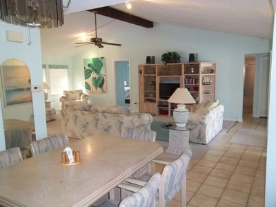 Cape Coral house rental - DINNING ROOM & GREAT ROOM