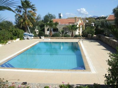 Villa Insallah & beautiful overflow pool,12 x 6m.
