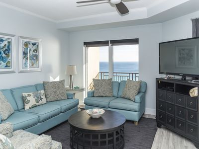 Sleeps 11! Front of building amazing views! Fall special rates!