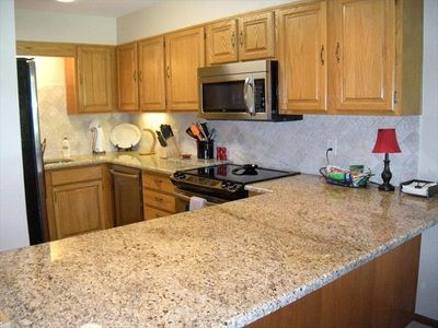 Unit B: Kitchen, Granite, Top of the Line Appliances