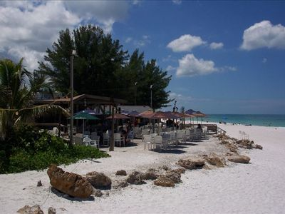 Great island beachfront dining