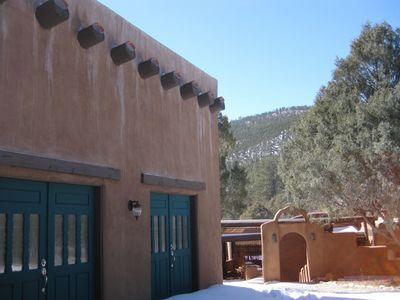 Scenic High Road Adobe Surrounded by Carson Forest Sleeps 9
