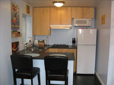 Silver Lake apartment rental - Kitchen