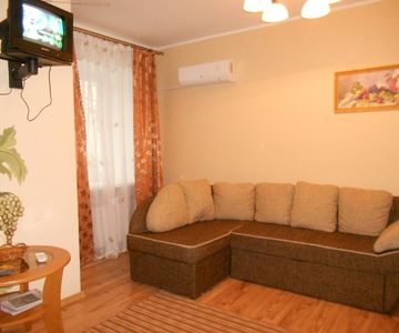 1+1 Apartment in The Center of Dnepropetrovsk