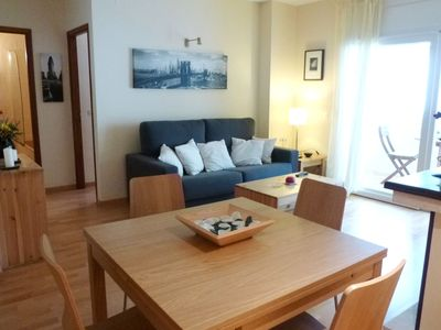 The apartment in Empuriabrava has 1 bedroom and capacity for 4 people