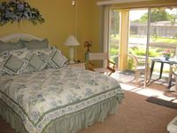 Lovely Tropical 2 BR/2 BA Waterfront Condo - Affordable!