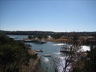 Romantic or Family Retreat Lakefront on Lake Travis in the Hill Country