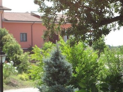 Apartments in villa between sea and lake, large garden.