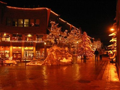 Winter Park Downtown Mall - its holiday season