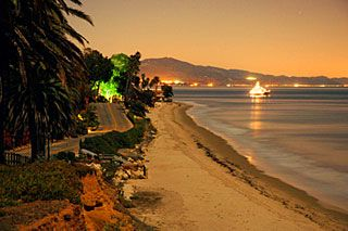 Santa Barbara studio photo - Gorgeous East Beach just 4 minutes away!
