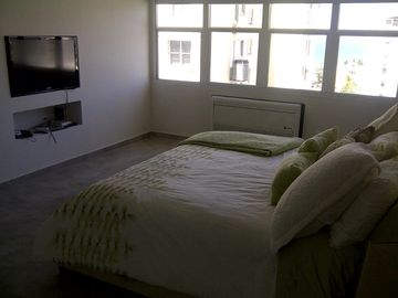 Master Bedroom w 42in LCD TV