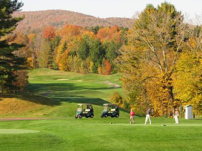 Green Mountain National Golf Course is only a 10-minute drive away!