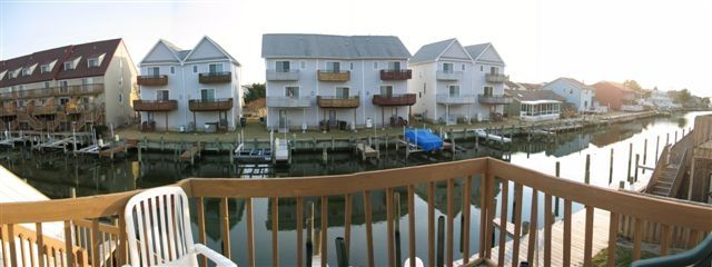 Waterfront 2 BR, Walk to Beach & Pools
