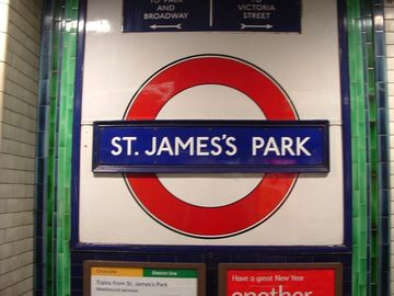 Travel around London from St James Park Station