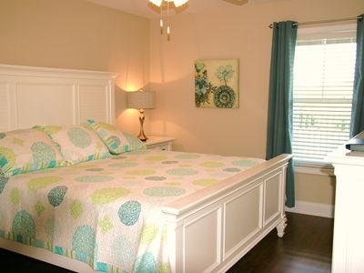 Crescent Beach villa rental - King bedroom upstairs.