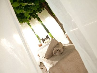 Monte Mario villa rental - Beauty Massage in the garden - Concierge