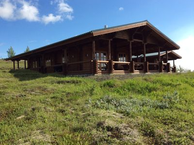 Charming Luxurious Family- Friendly Log Cabin With A Spectacular View