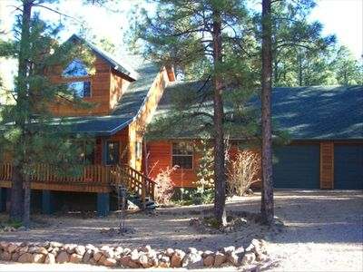 Beautiful cabin in the tall, quiet pines of the White Mountains