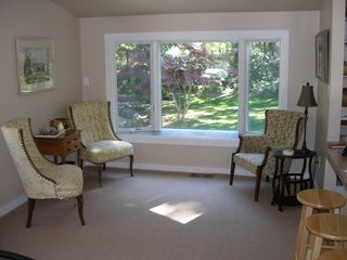 Vineyard Haven house photo - Sitting area off kitchen looking out to front yard