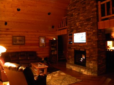 Crane Lake lodge rental - Great room with HDTV & surround sound, fireplace, leather furniture, lake views