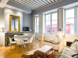 Apartment in the street with the most homeaway vieux for Appartement design lyon
