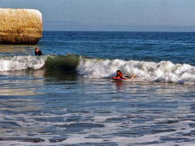 Santa Cruz house rental - Great waves for Boogie boarding!
