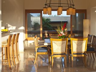 Punta Mita villa photo - Seating for 8 in the Dining Room