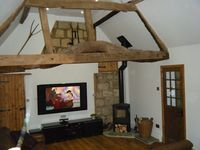 Cottage In Rural Village Location Near Aylesbury and Milton Keynes With 65 3DTV